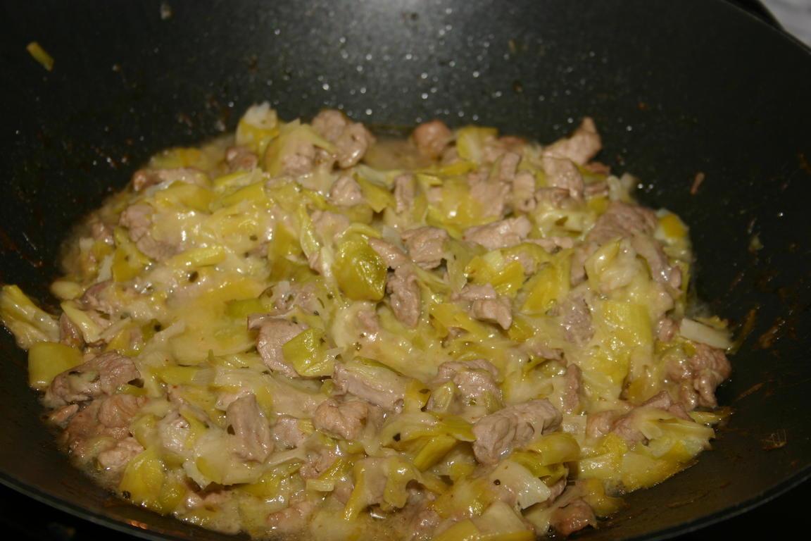 Varkenshaasje met prei en kaas