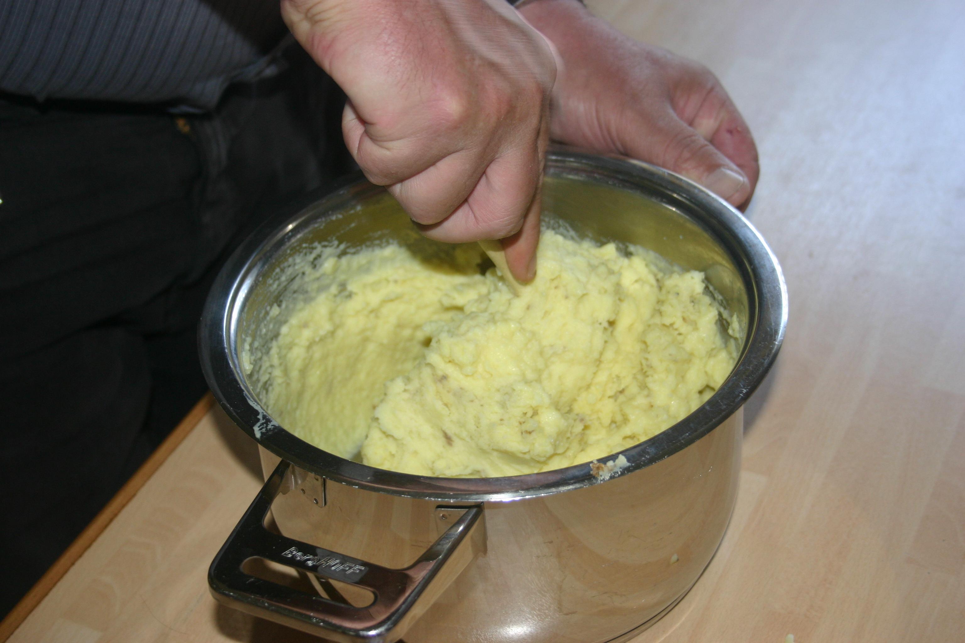 Schnitzel, meesterlijke boontjes & puree